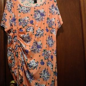 Pretty Plus Size 3X Floral Tunic Top